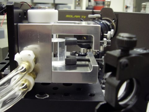 Del Mar Photonics has provided high-quality prisms with custom shapes according to our drawings.  One of the photos shows a close-up view of our sample cell.